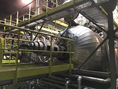 Autoclaves for sterilising municipal waste